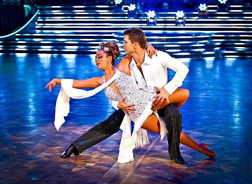 Les danses de salon la rumba bienvenue au lut cia - Nom de danse de salon ...